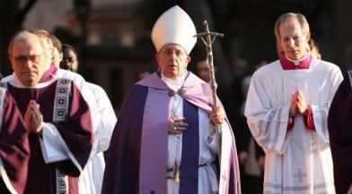 «O Baptismo,porta da esperança» – Catequese do Papa Francisco